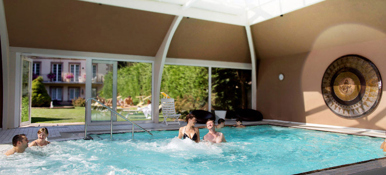 Hotel spa alsace le clos des d lices between for Piscine spa alsace