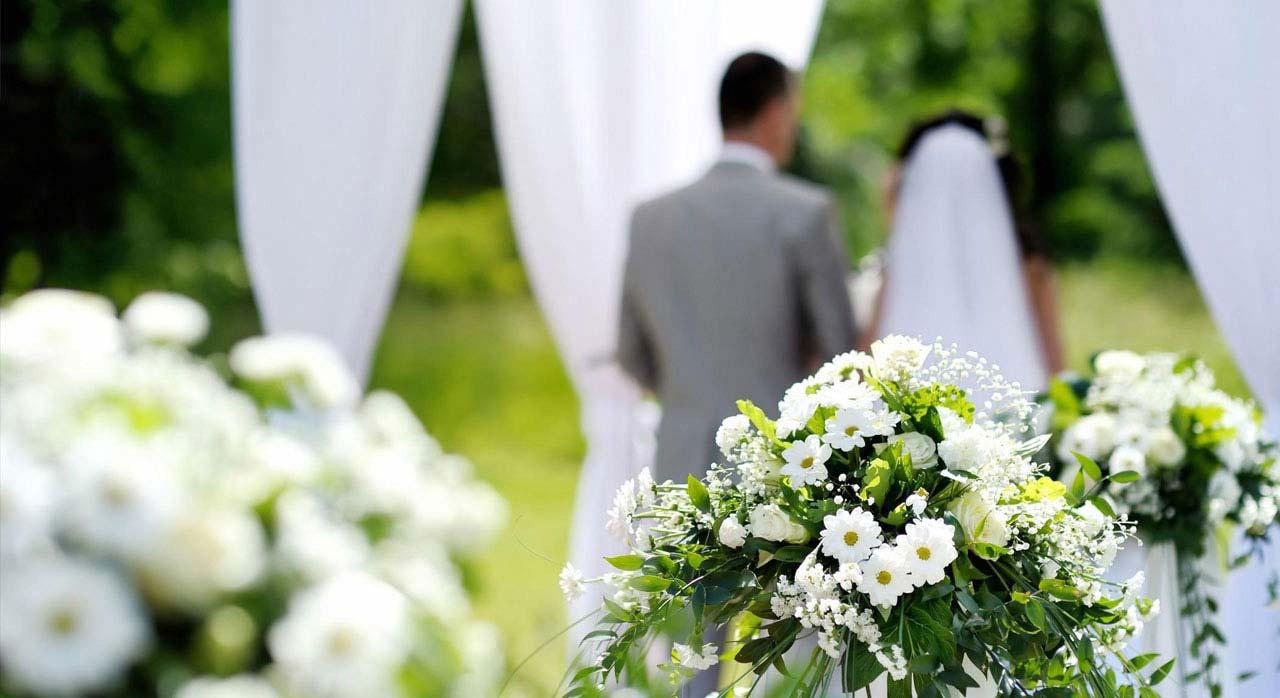 allant de la datation au mariage